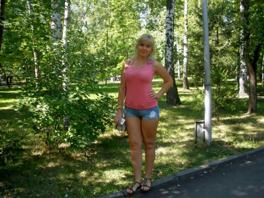 Телефона девушками в новосибирске знакомство с